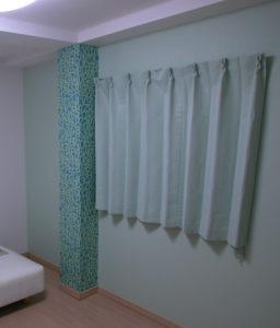 カーテンがデザインを素敵にまとめます
