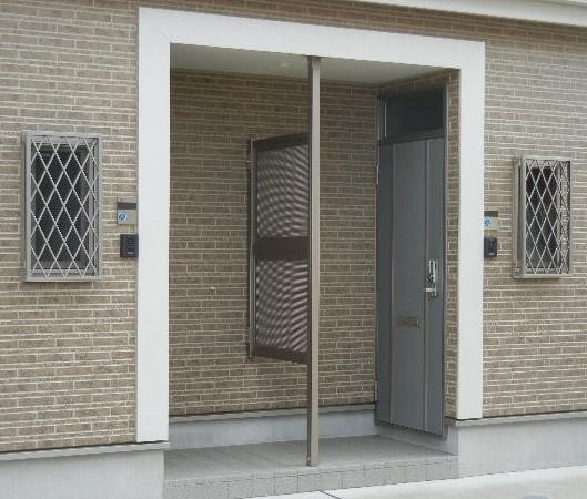 プライバシーの確保のためのパネル設置