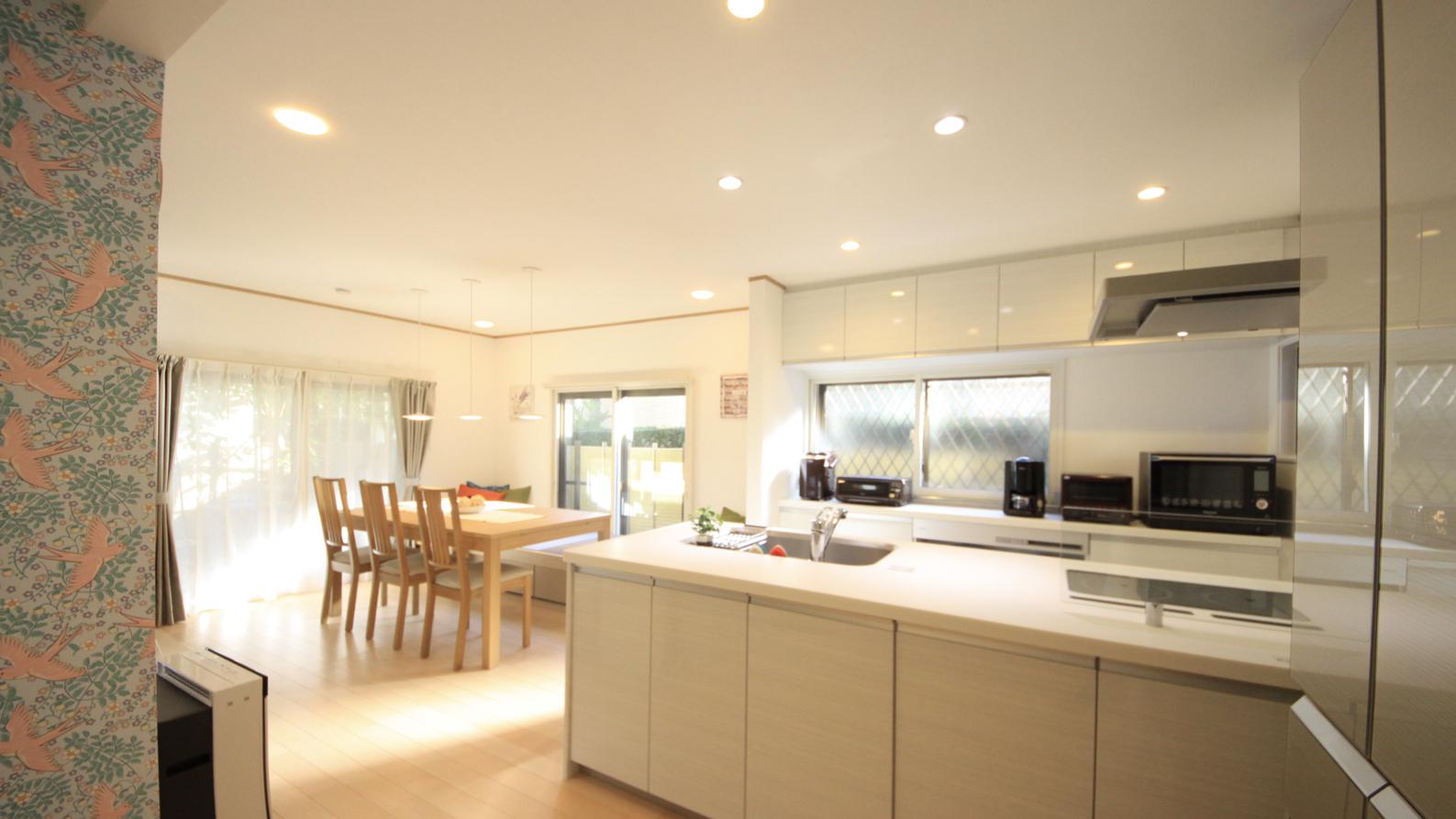 幅広対面キッチン&家電のある戸建てシェアハウス